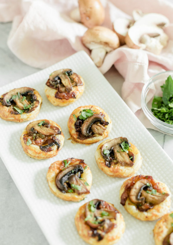 Easy Appetizers: Mini Mushroom Puff Pastry Bites with Tenderflake Puff Pastry